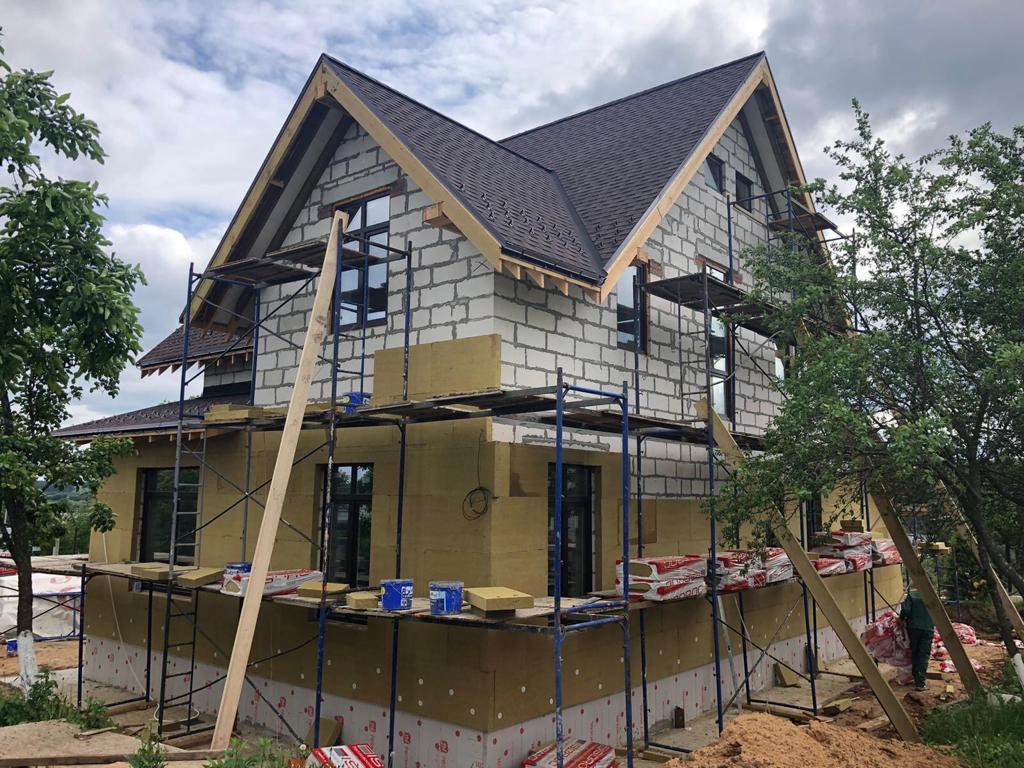Начало фасадных работ в селе Белые Колодези
