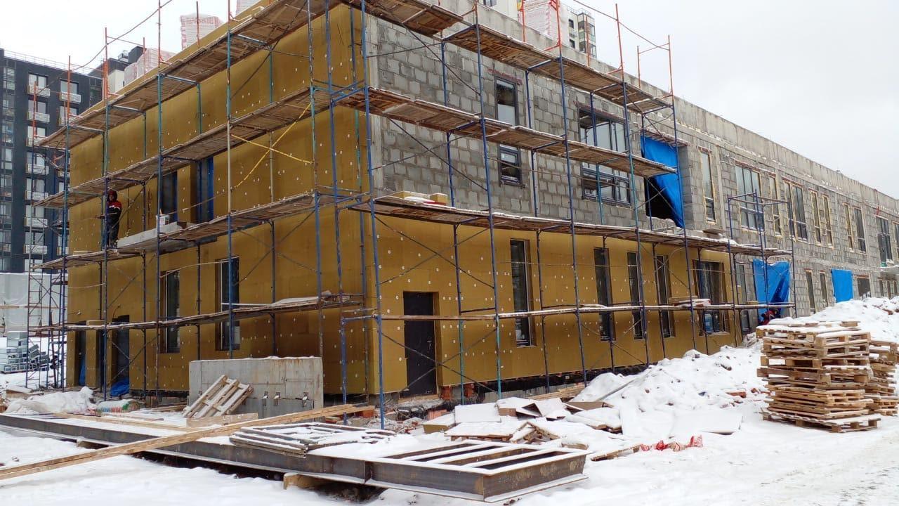 Фасадные работы с утеплением ДОУ в Столбово