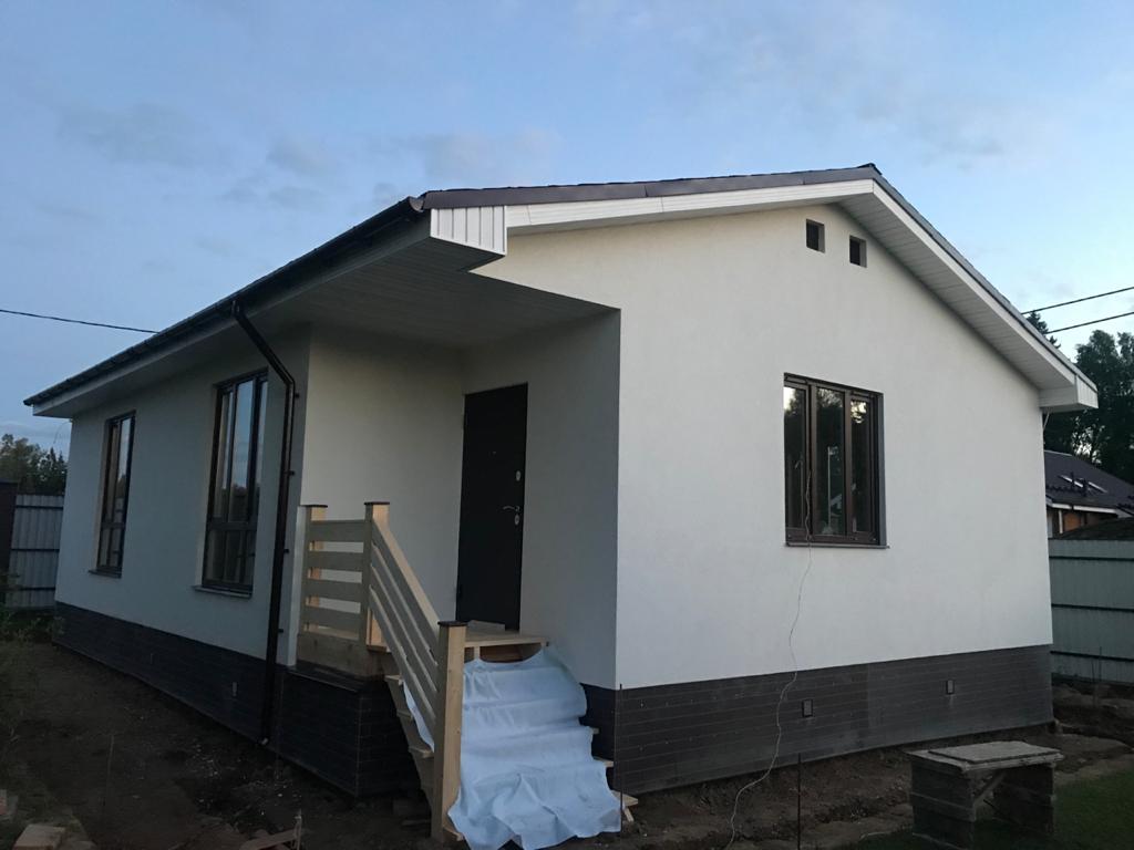 Законченные фасадные работы в деревне Раково